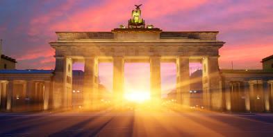 Berlin-Brandenburger-Tor-Sonnenuntergang.jpg