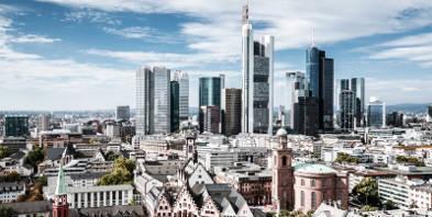 Frankfurt-Skyline-Hochhaus-Stadt.jpg