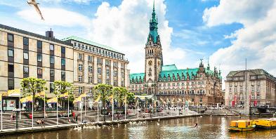 Hamburg-Hafen-Rathaus.jpg