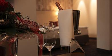 Kuschelliebe-2-Romantisches-Hotel-Menzhausen.jpg