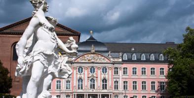Mosel-Trier-Kurfuerstliches-Palais.jpg