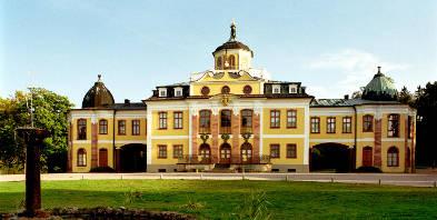 Park-Inn-Hotel-Weimar-Weimar-Thueringen-Nationalthaeter-Stadtschloss-Goethe-Schiller.jpg