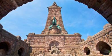 Thueringen-Wilhelm-Denkmal-Kyffhaeuser-Berge.jpg