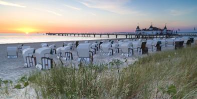 Usedom-Ostsee-Strand-Ahlbeck-Strandkorb-Seebad.jpg